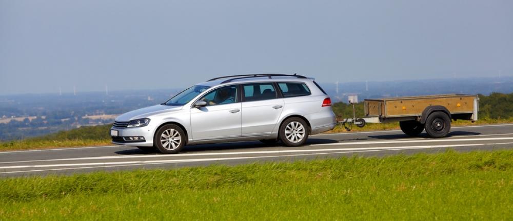 Conditions pour conduire avec une remorque sauvermonpermis - Combien coute un avocat commis d office ...