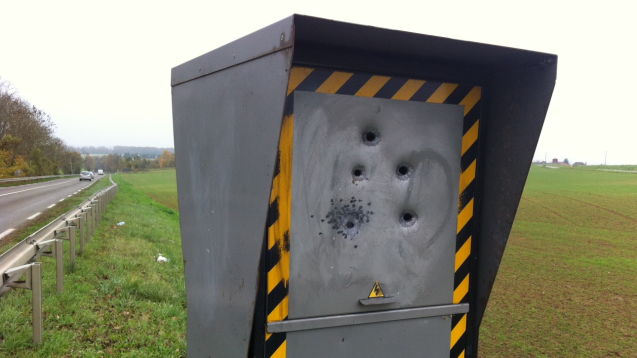 40 radars fixes vandalis s en seulement un an en eure et - Combien coute un avocat commis d office ...